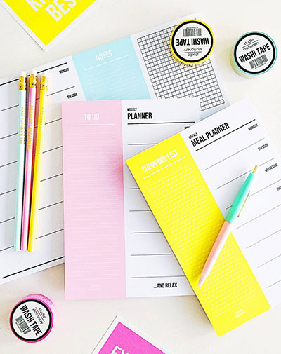 studio-stationery-weekly-planner-pink_2_TSS